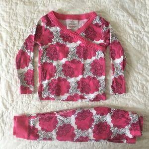 Hanna Andersson PJs pajama set 18-24 pink floral